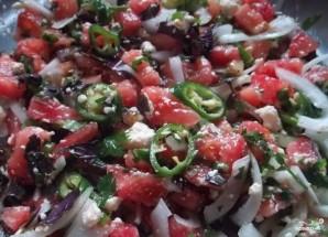 Грузинский салат с помидорами - фото шаг 5