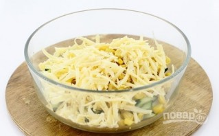 Салат с кальмаром и сыром - фото шаг 4