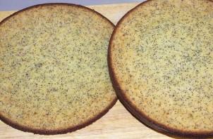 Торт со взбитыми сливками и клубникой - фото шаг 6