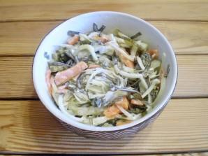 Салат к жареной рыбе - фото шаг 7