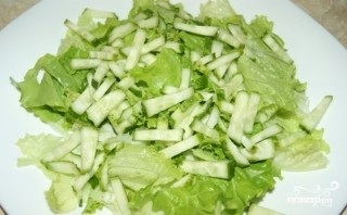 Салат с мидиями и осьминогами - фото шаг 5
