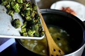 Суп из брокколи и цветной капусты - фото шаг 11