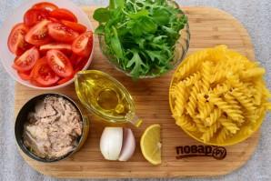 Паста-салат с консервированным тунцом - фото шаг 1