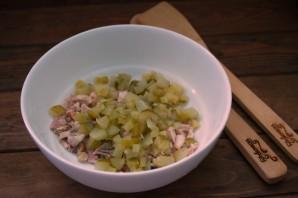 Салат с курагой  и курицей - фото шаг 2