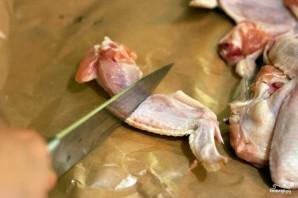 Крылышки в сметанно-чесночном соусе - фото шаг 1