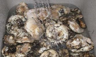 Засолка грибов - фото шаг 1