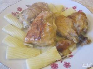 Курица, тушенная с луком - фото шаг 4