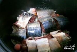 Рыба, тушенная с овощами в мультиварке - фото шаг 4
