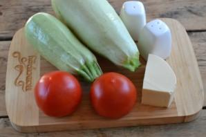 Кабачки с помидорами и сыром - фото шаг 1