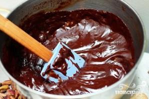 Фисташковый торт с марципаном и шоколадной глазурью - фото шаг 3