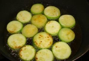 Кабачки с помидорами в духовке - фото шаг 2
