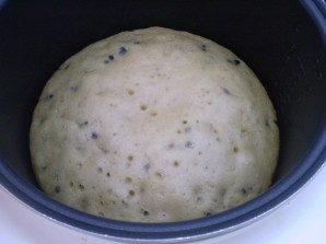 Пирог на кефире в мультиварке - фото шаг 7