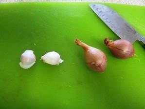Жареные грибы с макаронами - фото шаг 1