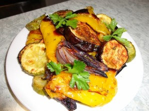 Овощи гриль в духовке - фото шаг 4