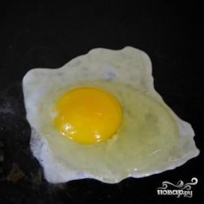 Картофельные оладьи с яйцом и авокадо - фото шаг 5