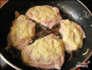 Куриное филе в сырном кляре - фото шаг 4