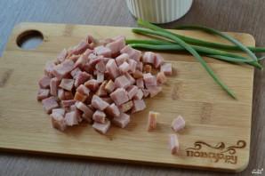 Салат с ветчиной в креманках - фото шаг 2