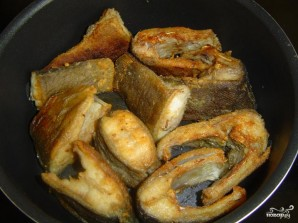 Линь в сметанном соусе - фото шаг 4