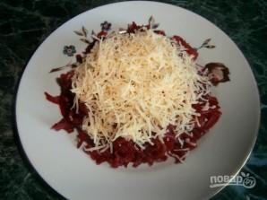Салат из свеклы с сыром и яйцом - фото шаг 2