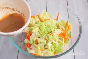 Салат из корейской капусты - фото шаг 4