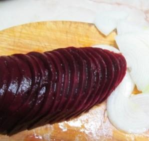 Маринованная свекла с луком - фото шаг 3