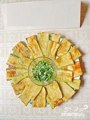Жареные кабачки с чесночным соусом - фото шаг 5