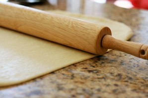 Сладкий пирог из дрожжевого теста - фото шаг 8
