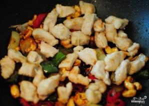 Курица по-тайски с кешью - фото шаг 9