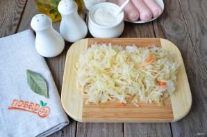 Суп с квашеной капустой и сосисками - фото шаг 3