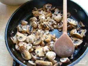 Кальмар, фаршированный грибами и рисом - фото шаг 2