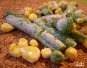 Кальмары, фаршированные рисом и овощами - фото шаг 4
