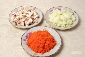 Салат с куриной печенью и грибами - фото шаг 2