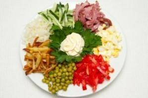 Салат с ветчиной и яйцами - фото шаг 13
