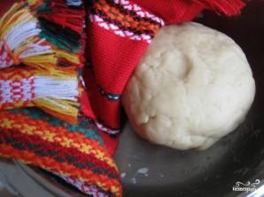 Тесто для вареников с творогом - фото шаг 4