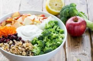 Салат с брокколи и яблоками - фото шаг 5