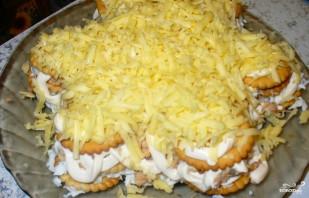 Закусочный торт из крекеров - фото шаг 5