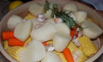 Курица, запеченная целиком с овощами - фото шаг 1