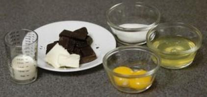 Суфле из черного шоколада - фото шаг 1