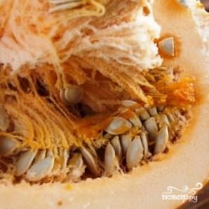 Жареные тыквенные семечки - фото шаг 1