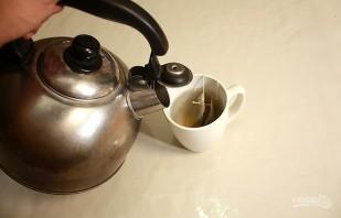 Чай со сгущенкой - фото шаг 1