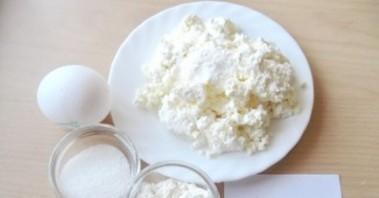 Сырники в духовке диетические - фото шаг 1