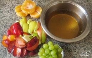 Желе с кусочками фруктов - фото шаг 2