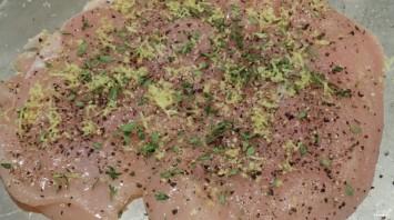 Рулет из индейки с грибами и сыром - фото шаг 1