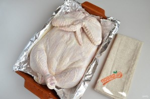 Праздничная фаршированная курица - фото шаг 8