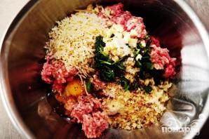 Спагетти с фрикадельками и соусом - фото шаг 1