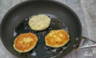 Картофельные котлеты с мясом - фото шаг 5