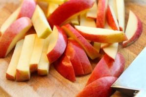 Салат из свежих яблок - фото шаг 1