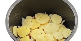 Мясо с сыром в мультиварке - фото шаг 5