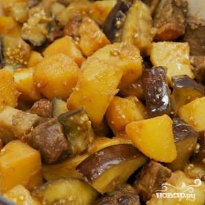 Тушенная утка с баклажанами и картофелем - фото шаг 12