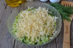 Кабачковые оладьи с сыром и зеленью - фото шаг 4